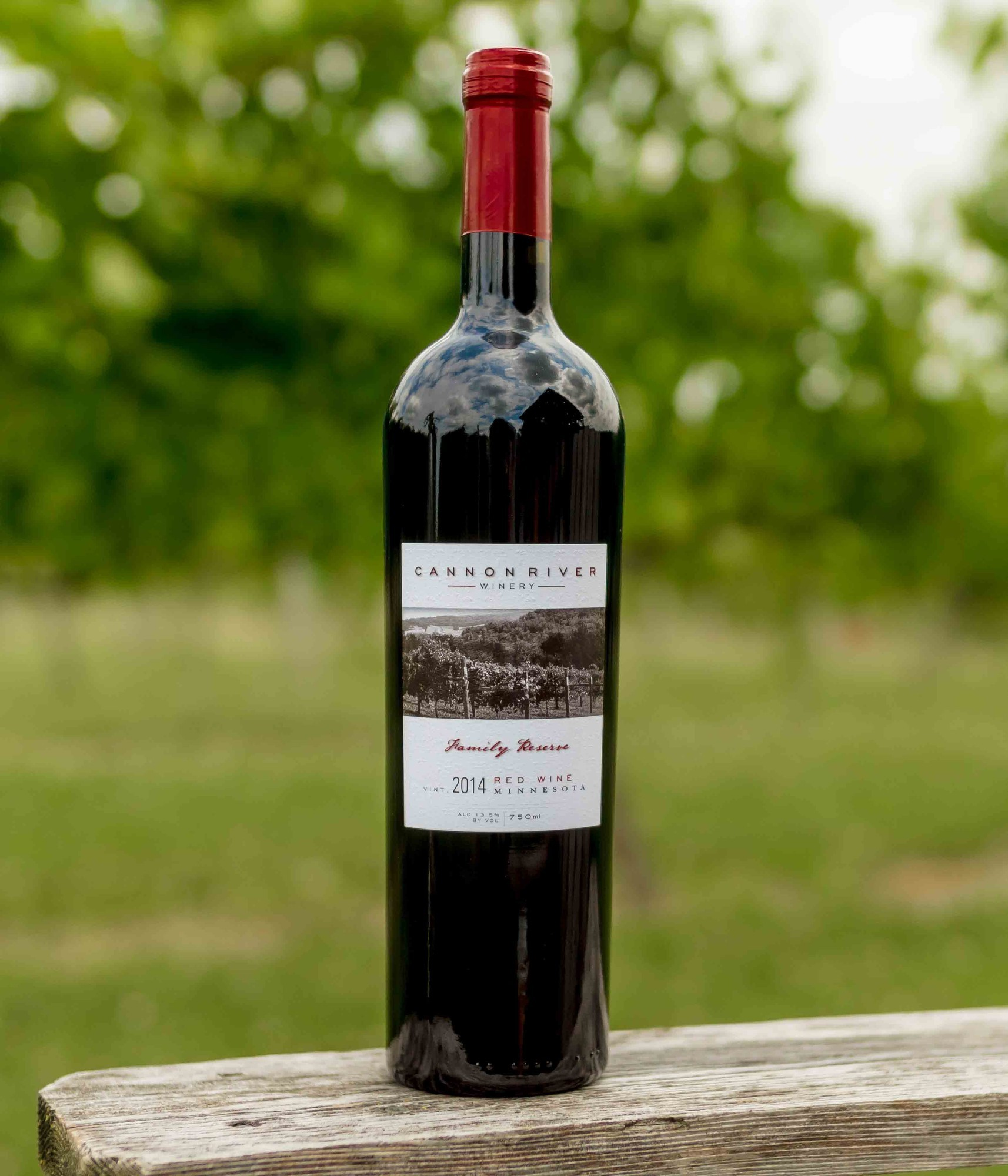 2014 Family Reserve Red